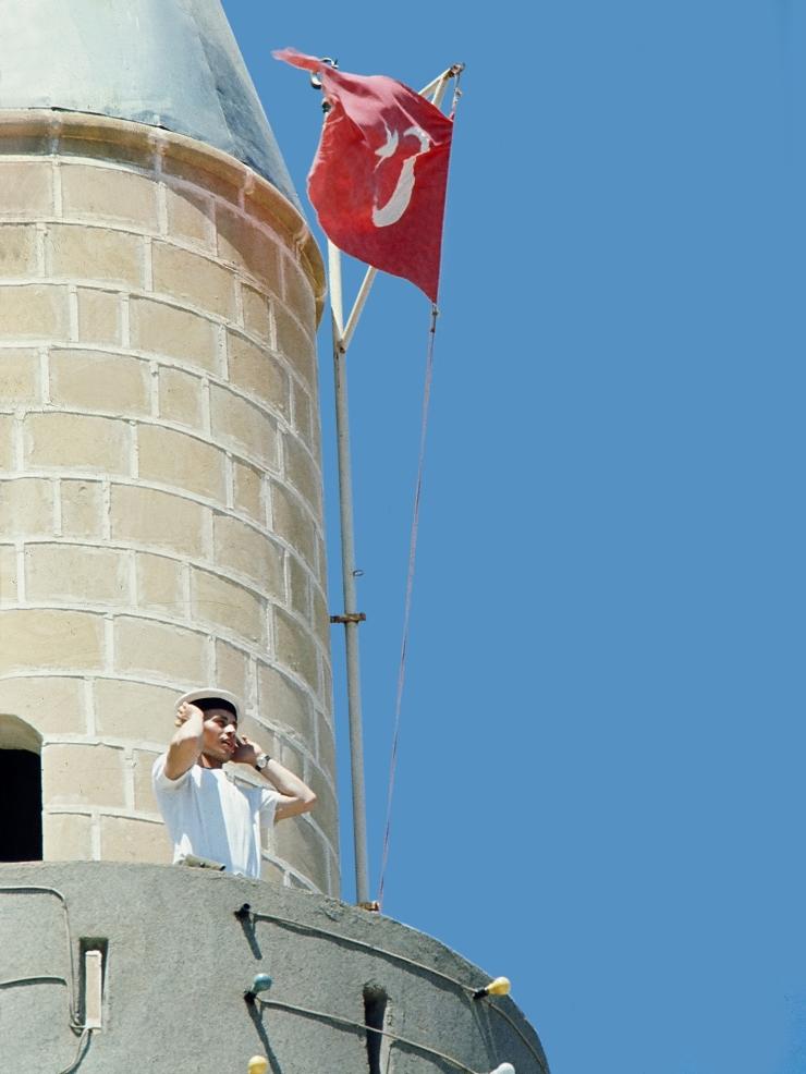 Girne Camiinde Ezan